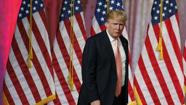"""Tramp """"köhnə dünya""""nı savaşa çəkir: ABŞ dünyanı qlobal iqtisadi böhrana sürükləyir"""