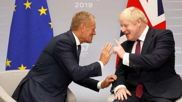 """Donald Tusk """"Brexit""""lə bağlı Boris Consona sərt xəbərdarlıq edib"""
