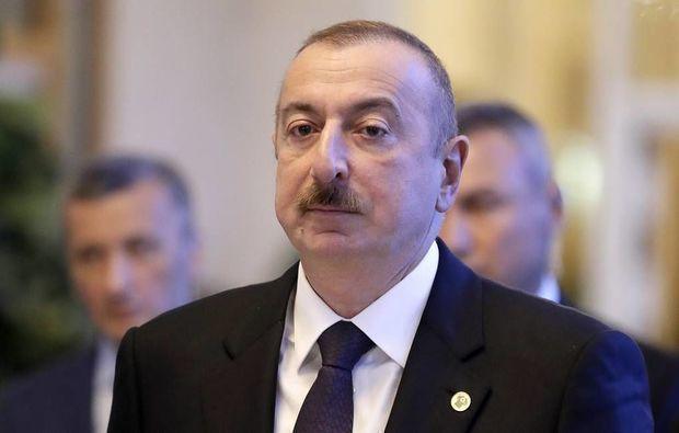Prezident mülki aviasiya işçilərini təltif etdi – SƏRƏNCAM