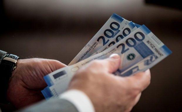 Bağlanmış banklarda depoziti və krediti olanların NƏZƏRİNƏ