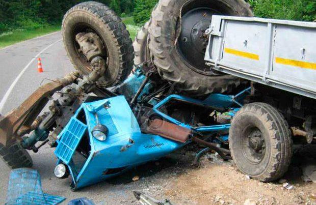 Bərdədə ailə faciəsi: Ata traktoru aşırıb oğlunu öldürdü