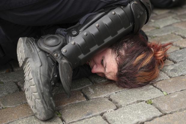 ABŞ-da polislərə boğma fəndinin öyrədilməsi qadağan ediləcək