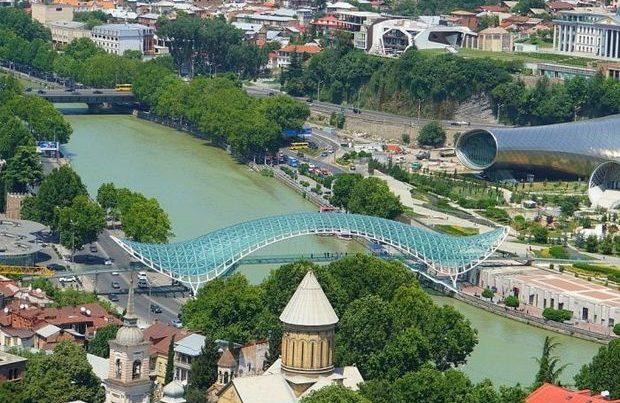 Qonşu dövlət Avropanın ən təhlükəsiz turistik ölkələri arasında