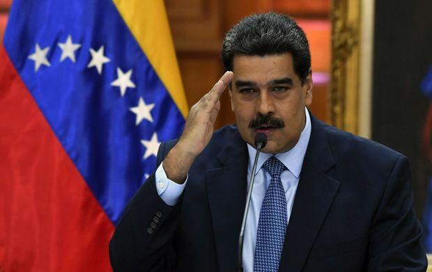 """Maduro öz istefası üçün referenduma razılaşdı: """"Küçələrə çıxıb imza toplayın"""""""