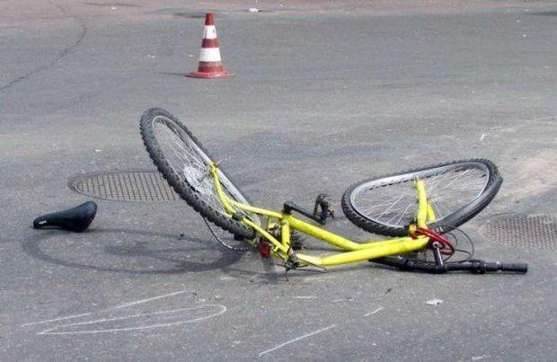 """Bakıda """"Mercedes"""" velosipedçini vuraraq öldürüb"""