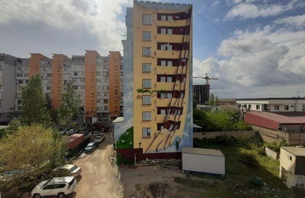 Bakının boz küçələrində yeni ruh: Binalar rəsm əsərləri ilə bəzəndi – FOTO