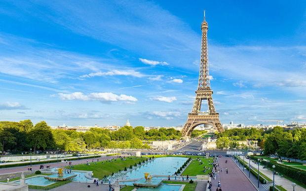 Fransa sərhədlərini açır