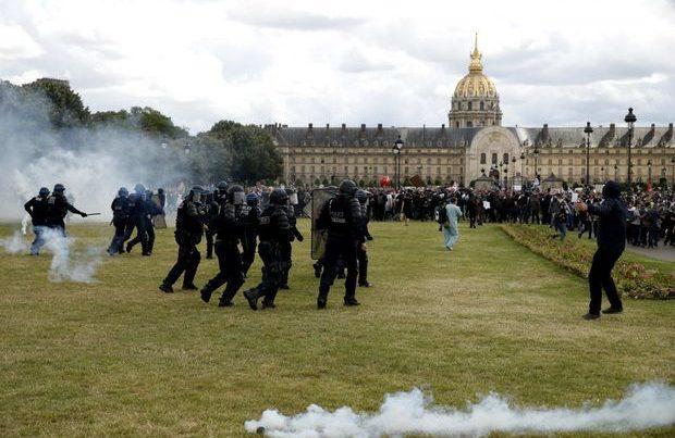 Fransanın səhiyyə işçiləri nümayişə qalxdı
