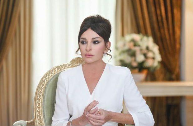 Mehriban Əliyeva koronavirusa yoluxmuş Cavid Paşayevin müalicəsini nəzarətə götürdü
