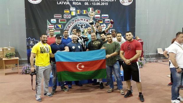 Dünya və Avropa çempionları Ali Baş Komandana müraciət etdilər