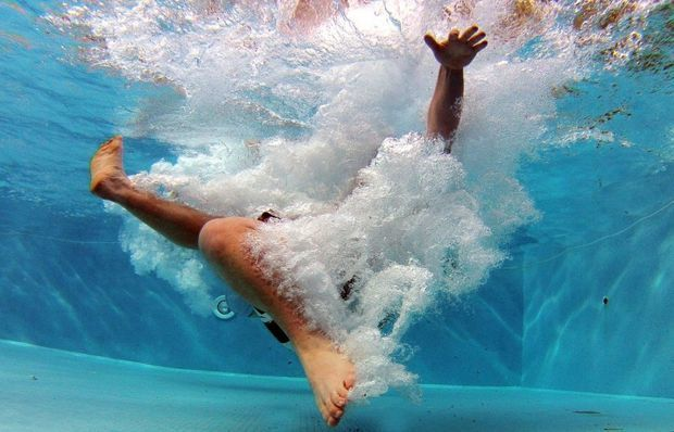 Bakıda 15 yaşlı oğlan hovuzda boğuldu