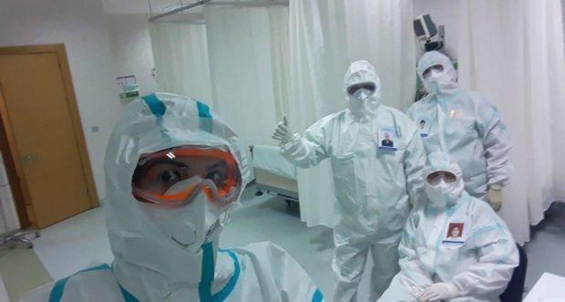 """Pandemiya xəstəxanasının həkimi: """"Koronavirus qar topası kimi böyüyür"""" – MÜSAHİBƏ"""