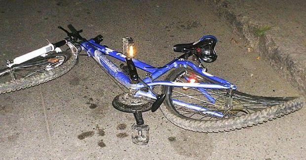 Cəlilabadda avtomobil velosiped sürən dörd yaşlı uşağı vurub öldürdü