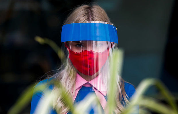 Moskvada qoruyucu maska taxmaq tələbi yumşaldılır