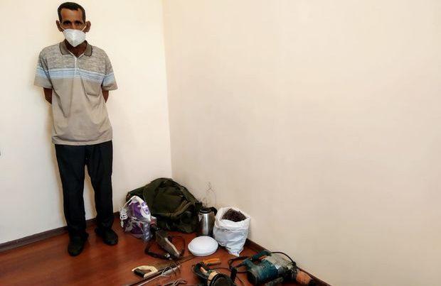 Qusarda beş evdən oğurluq edən usta tutuldu – FOTO