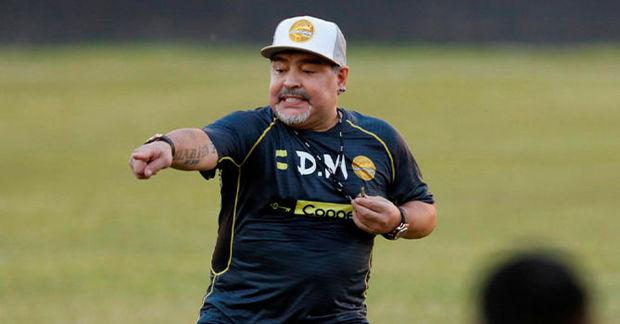 Maradona İspaniya millisinin baş məşqçisi olmağa yaxındır