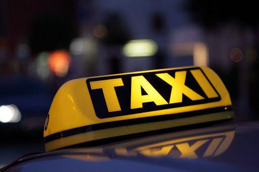 Bakıda taksi sürücüsü müştərini döyərək qarət etdi