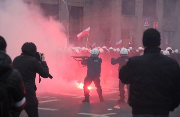 Varşavada millətçilərin yürüşü vandallıqla yekunlaşdı – VİDEO