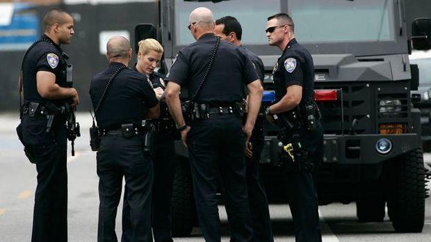 ABŞ-da kilsəyə hücum: Ölənlər və yaralananlar var – VİDEO