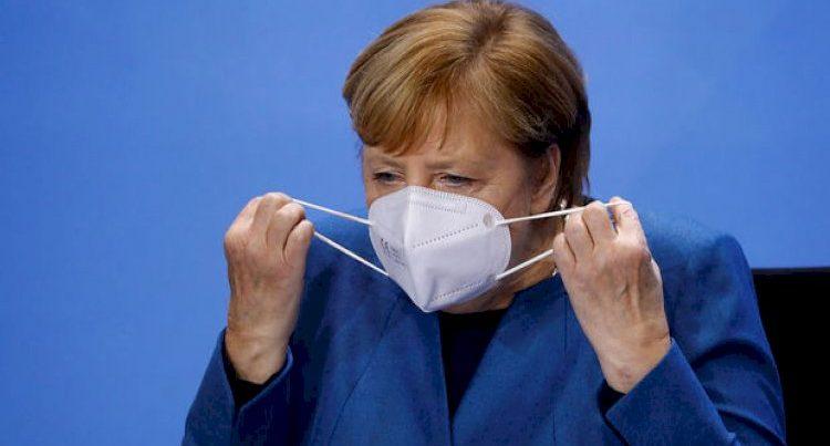 Merkel xəbərdarlıq etdi: COVID-19 aşağı temperaturda aqressivləşir