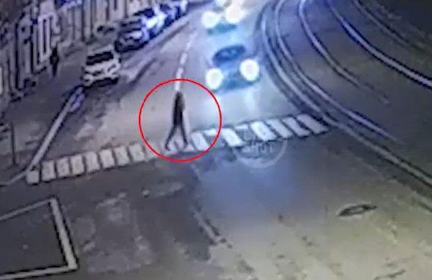 Rusiyada litvalı diplomatın maşını adam vurub – VİDEO