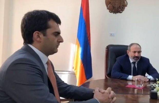 Ermənistanda nazir dronu uçmadığı üçün istefa verir