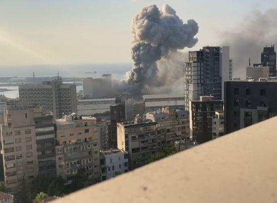 Beyrutda dəhşətli partlayışı lentə alan fotoqraf öldürüldü