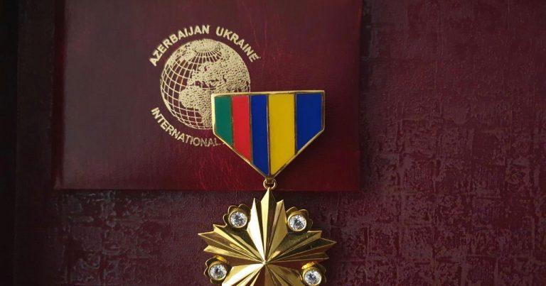 Beynəlxalq Alyans media və vətəndaş cəmiyyəti fəallarını qızıl ordenlə mükafatlandırıb