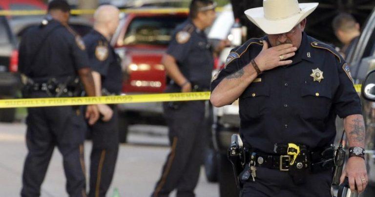 Texasda qatarla yük avtomobili toqquşub, güclü partlayış olub