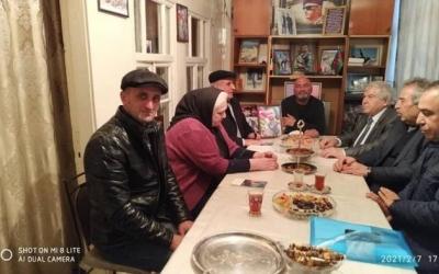 Sabir Rüstəmxanlı Neftçalada şəhid ailəsini ziyarət etdi