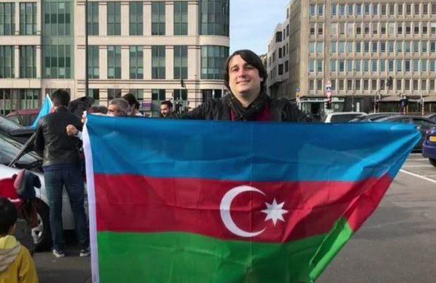 """""""Amazon"""" şirkətində çalışan azərbaycanlı Yaşar Əhmədov – VİDEO"""