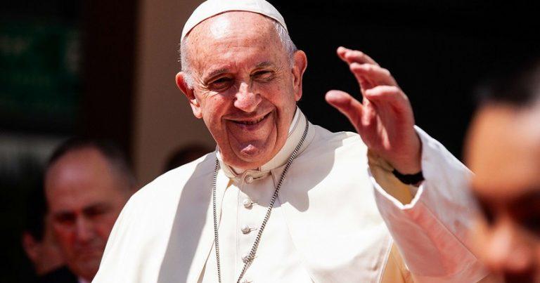 Roma Papası İraqda ayətullah Əli Sistani ilə görüşüb