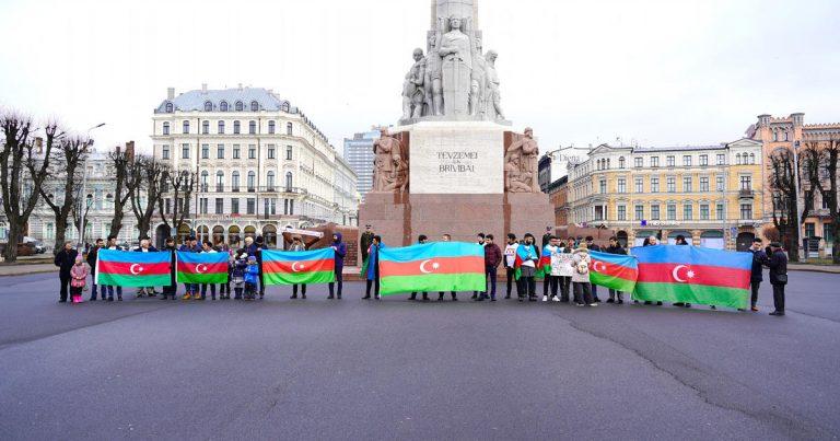 Latviya mediasında Xocalı soyqırımının unudulmadığına diqqət cəlb edilib