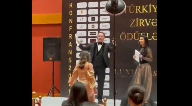 """""""Park İnn"""" hotelində karantin qaydaları pozulub – VİDEO – 50 nəfərlik mərasim keçirilib"""