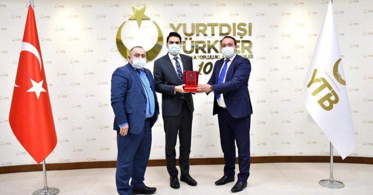 """Abdullah Ərənə Xarı Bülbüllü """"Qardaş Təşəkkürü"""" təqdim edildi – FOTO"""