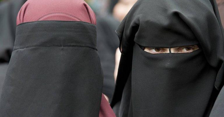 İsveçrədə ictimai yerlərdə niqabdan istifadə qadağan olundu