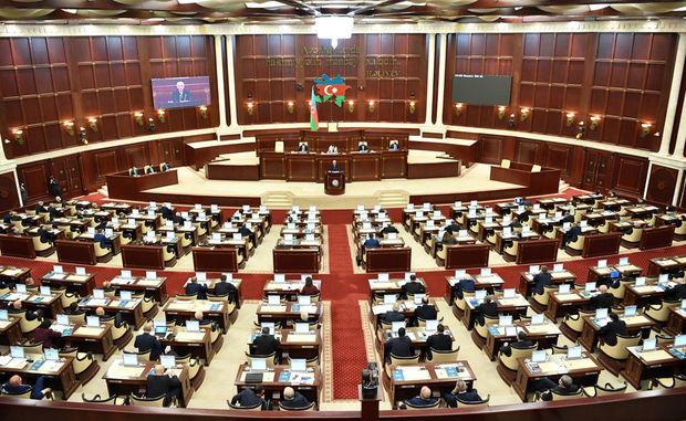 İki deputat parlament seçkilərini izləmək üçün Bolqarıstana gedir