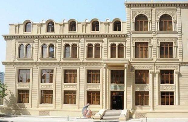 Qırğızıstanla Tacikistan arasında gərginlik davam edir: Məclis sədri girov götürüldü