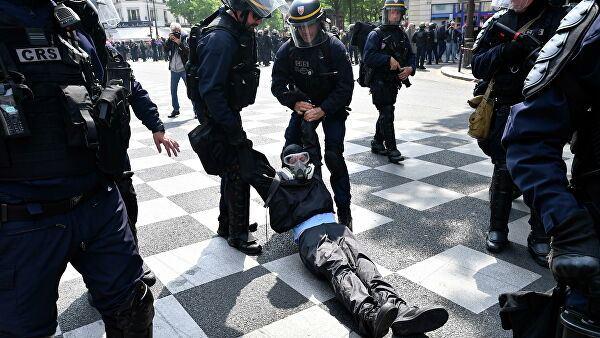 Fransada qarşıdurma – 30 polis yaralandı
