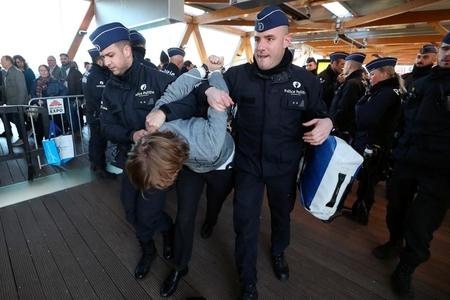 Brüsseldə keçirilən etiraz aksiyası zamanı 132 nəfər saxlanılıb
