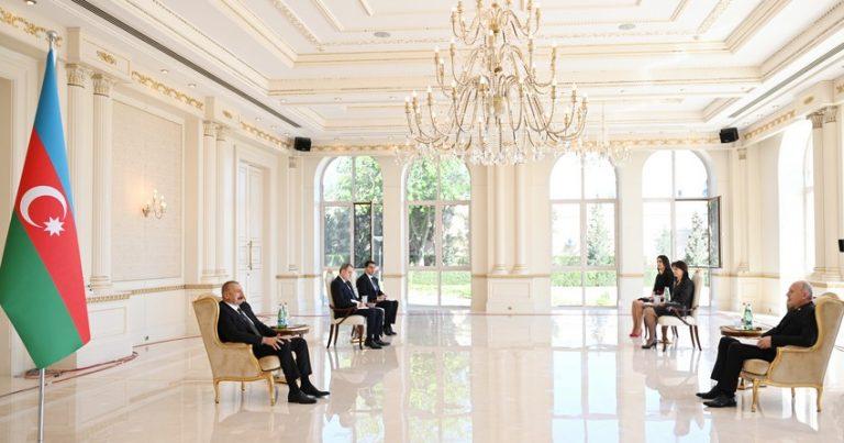 Prezident İlham Əliyev Serbiyanın yenisəfirinin etimadnaməsini qəbul edib