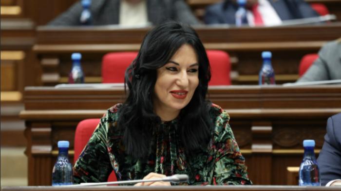 Qalmaqallı deputat seçkilərdə iştirakdan İMTİNA ETDİ