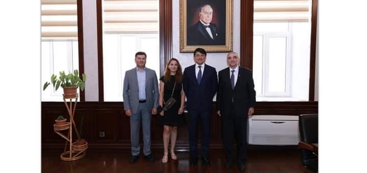 Amerika -Azərbaycan Cəmiyyətinin nümayəndələri Diasporla İş üzrə Dövlət Komitəsində olub