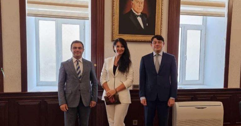 Dövlət Komitəsində Ukrayna Ali Radasının deputatı ilə görüş keçirilib