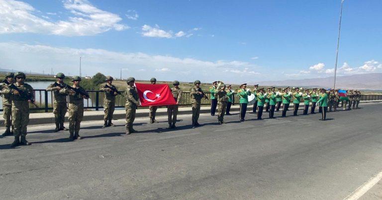 Türkiyə hərbçilərini Azərbaycana göndərdi  – FOTOLAR