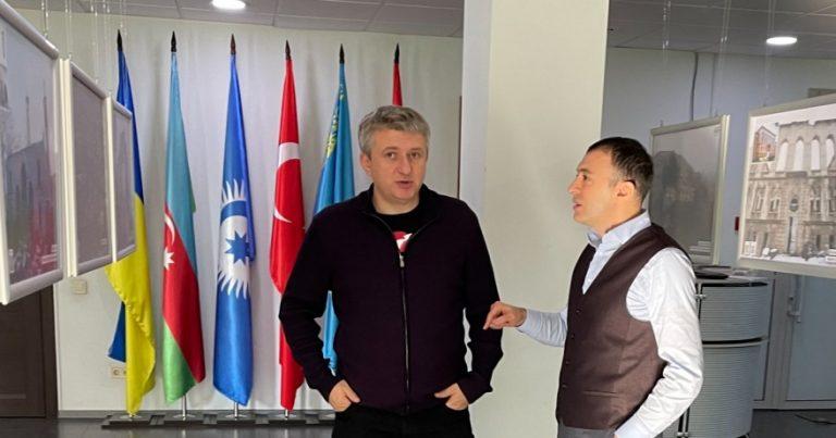 Ukraynalı bloger: Azərbaycan regionda söz sahibinə çevrilib